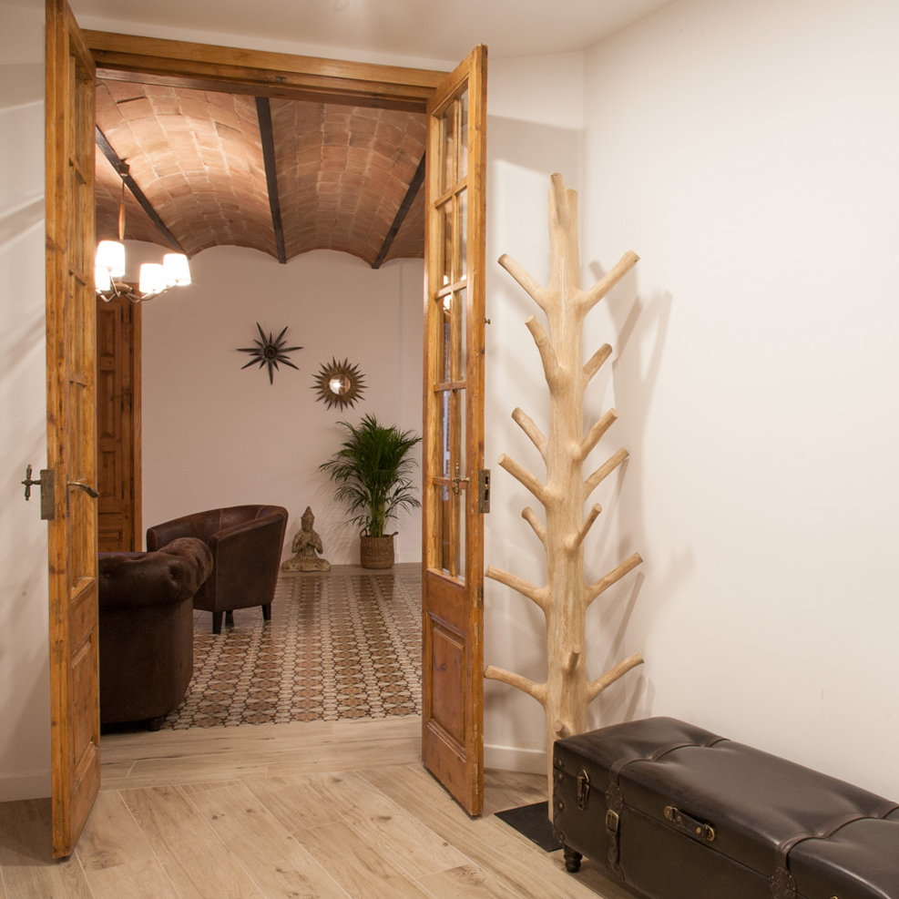 home staging and luxury apartment design and decoration
